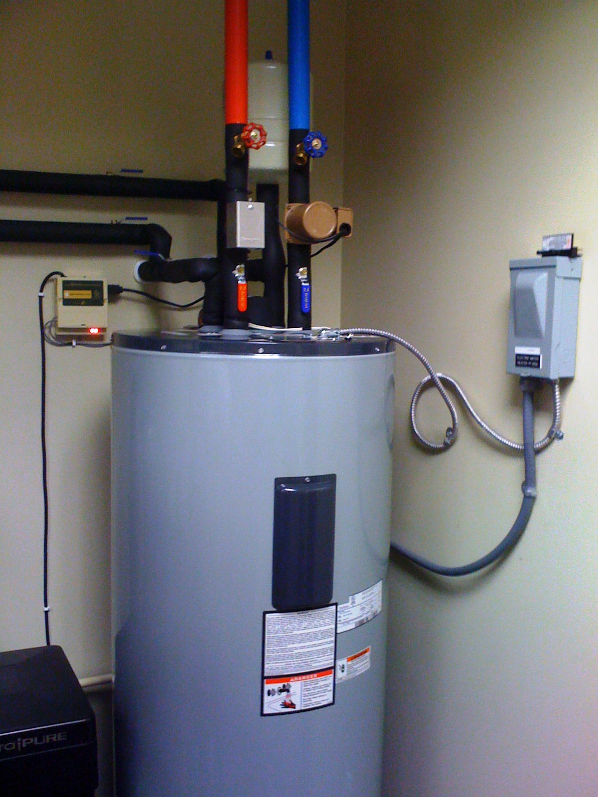 Solar Water heater sales and service -Direct Energy ...